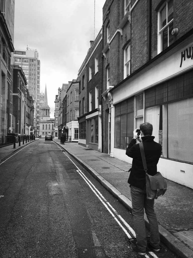 Illustrator Jonathan Chapman taking photographs for his Monday Inspiration blogpost - London Wandering